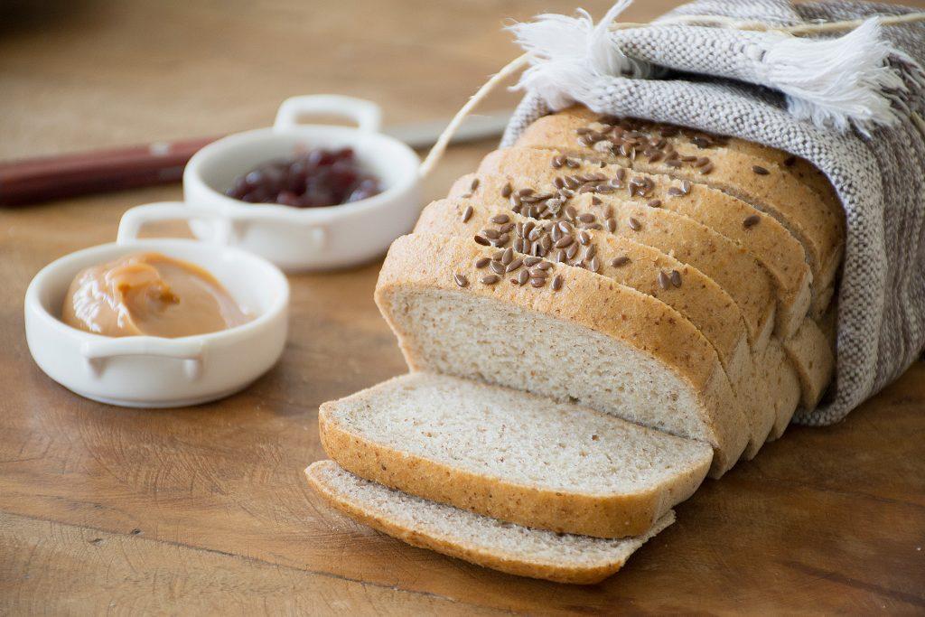 Pão de Forma Sem Glúten Integral - Foto: IC Fotografias